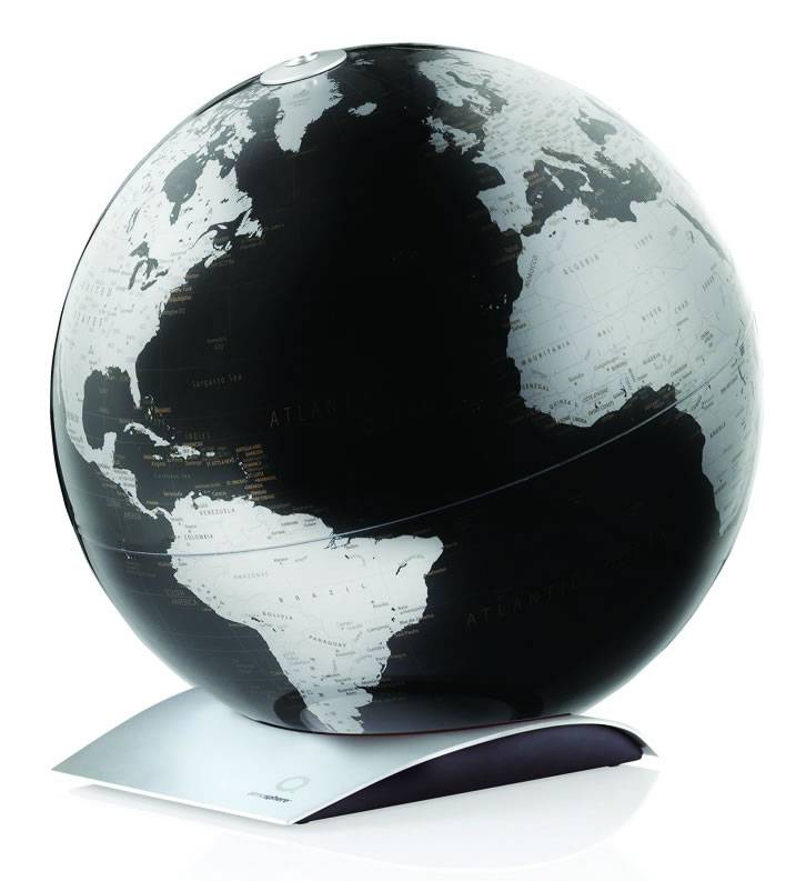 World Globe Can Be Rotated And Removed